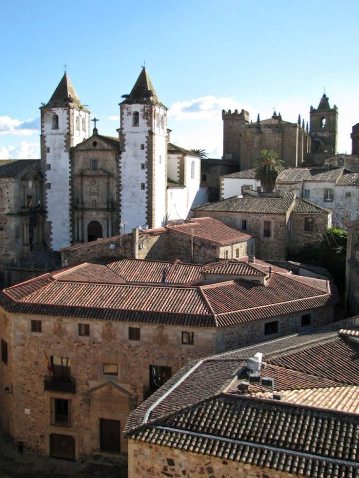 caceres cathedral