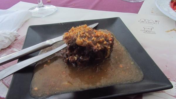 Cariilada - pork cheeks with migas (bread crumbs)